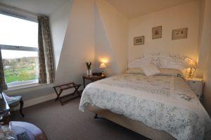 marlborough house, guest house, bath, somerset, penthouse room